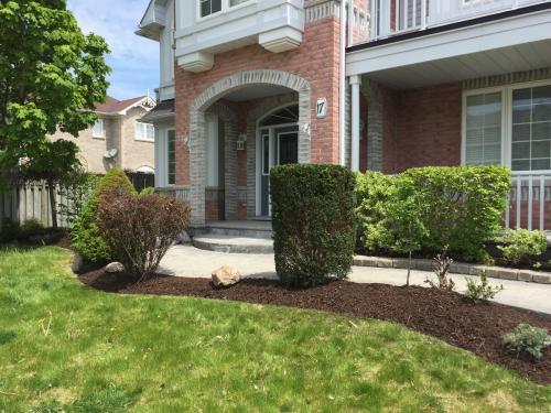 Front Yard Landscape Design After