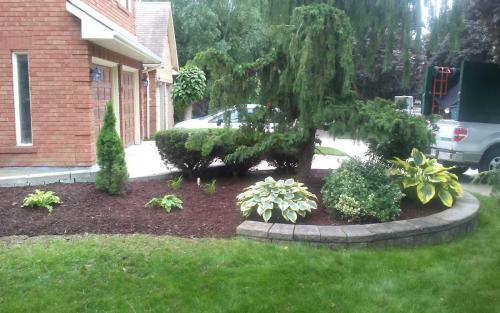 Front Yard Raised Flower Bed Design 1