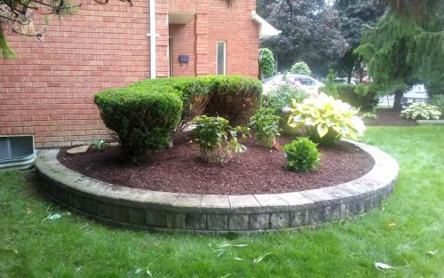 Front Yard Raised Flower Bed Design 2