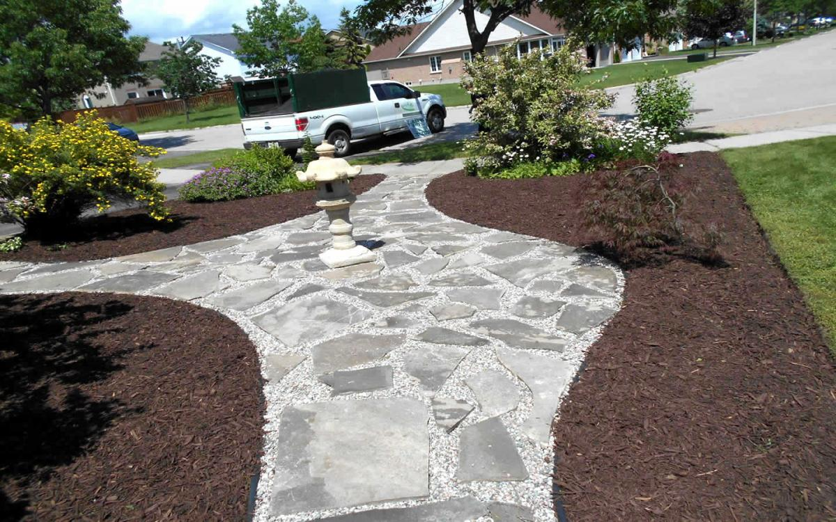 Front Yard Landscaping Flag Stone  Mulch After2
