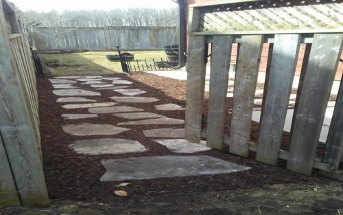 sideyard flag stone